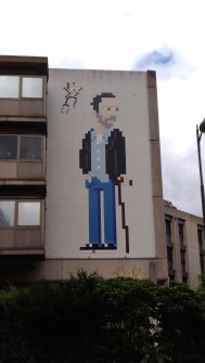 Invader - Dr House